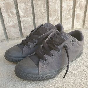 Converse thick tongue black sneakers junior shoes